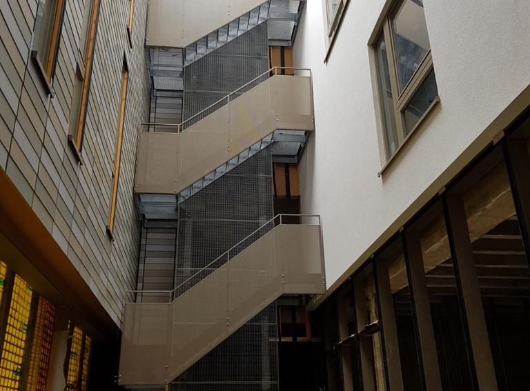 escalier de secours en metal molenbeek 2016 atelier ferronnerie yasar